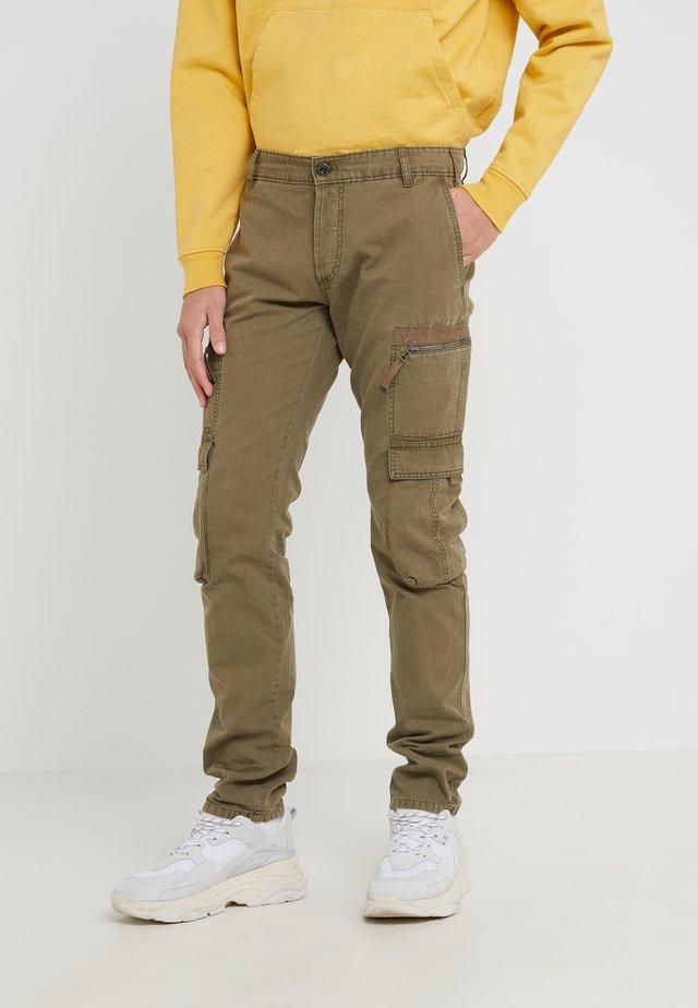 PITARGO PANTALONI - Cargo trousers - military green