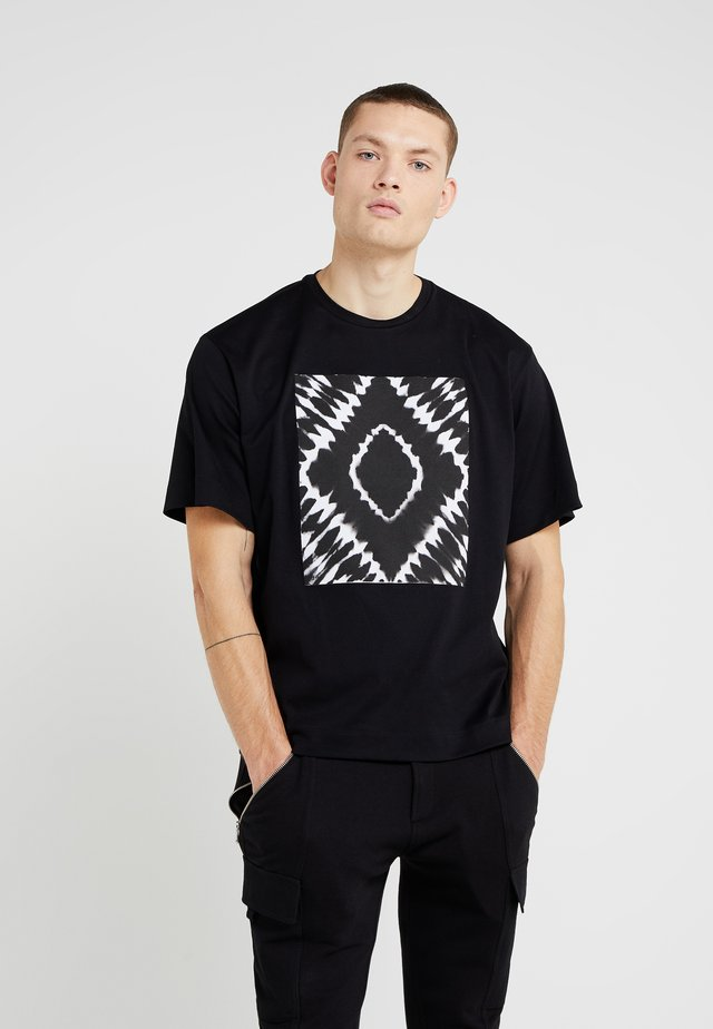 TEORIA TIEDYESQUARE MAGLIETTA - T-Shirt print - black