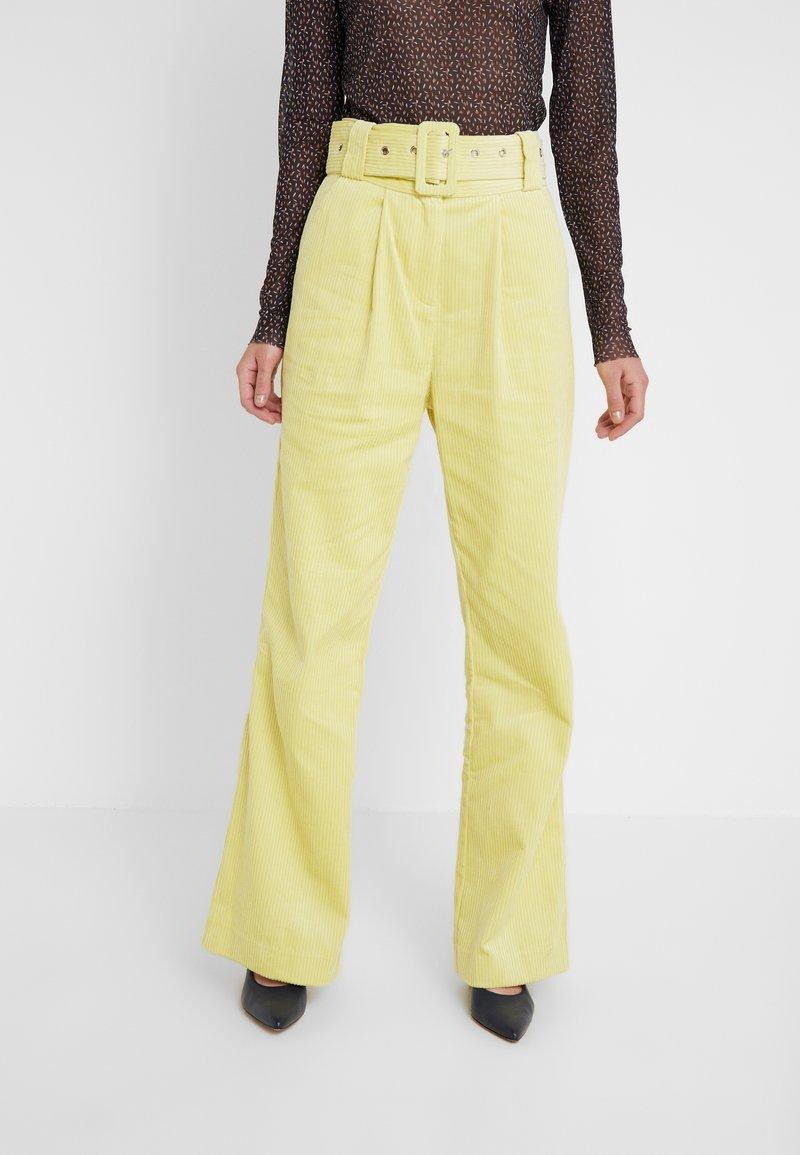 Hofmann Copenhagen - ELISA - Pantalon classique - lemon grass