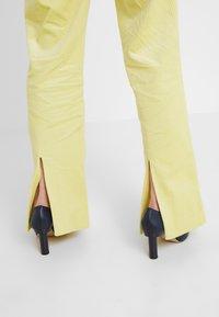 Hofmann Copenhagen - ELISA - Pantalon classique - lemon grass - 3