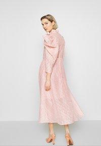 Hofmann Copenhagen - CARLI - Koktejlové šaty/ šaty na párty - pink paradise - 2