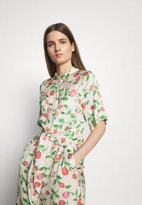 Hofmann Copenhagen - GABRIELLA - Shirt dress - creme - 3