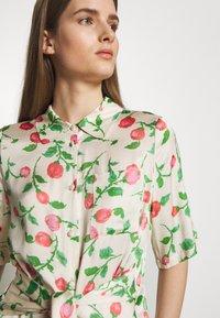 Hofmann Copenhagen - GABRIELLA - Shirt dress - creme - 5