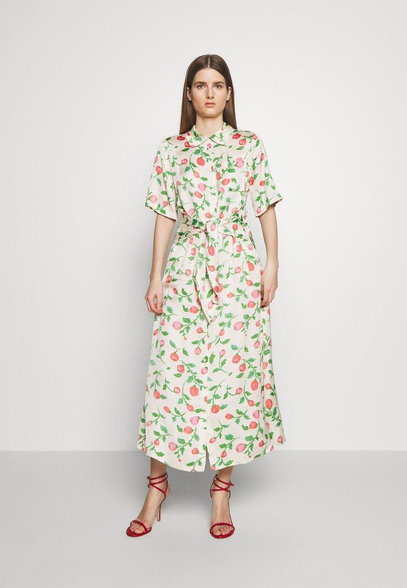 Hofmann Copenhagen - GABRIELLA - Shirt dress - creme