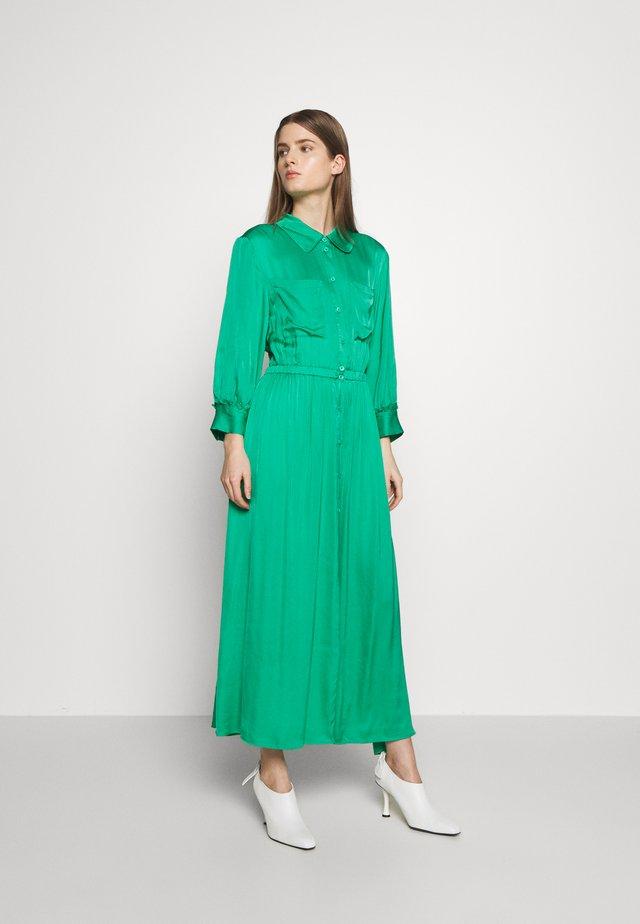 Maxi šaty - vivid green