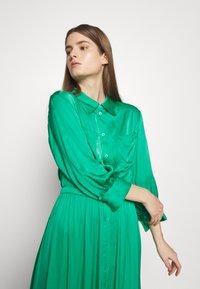 Hofmann Copenhagen - Maxi šaty - vivid green - 4