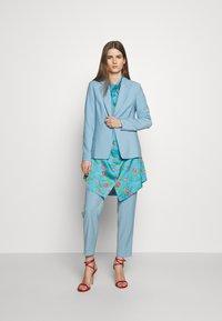Hofmann Copenhagen - VIOLA - Košilové šaty - pacific blue - 1
