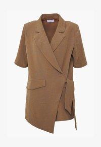 Hofmann Copenhagen - MATILDA - Short coat - desert - 4