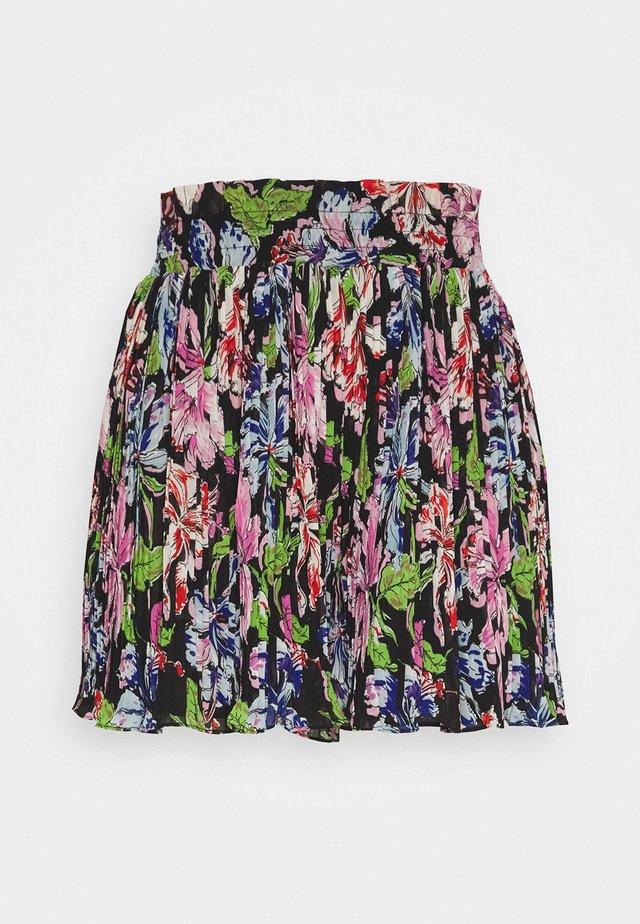 RITA - Shorts - black