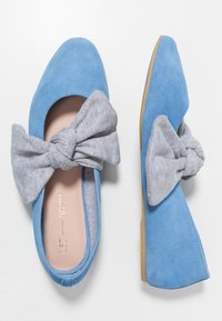 L37 - PRINCESSES RULE - Ballerinat nilkkaremmillä - blue - 3