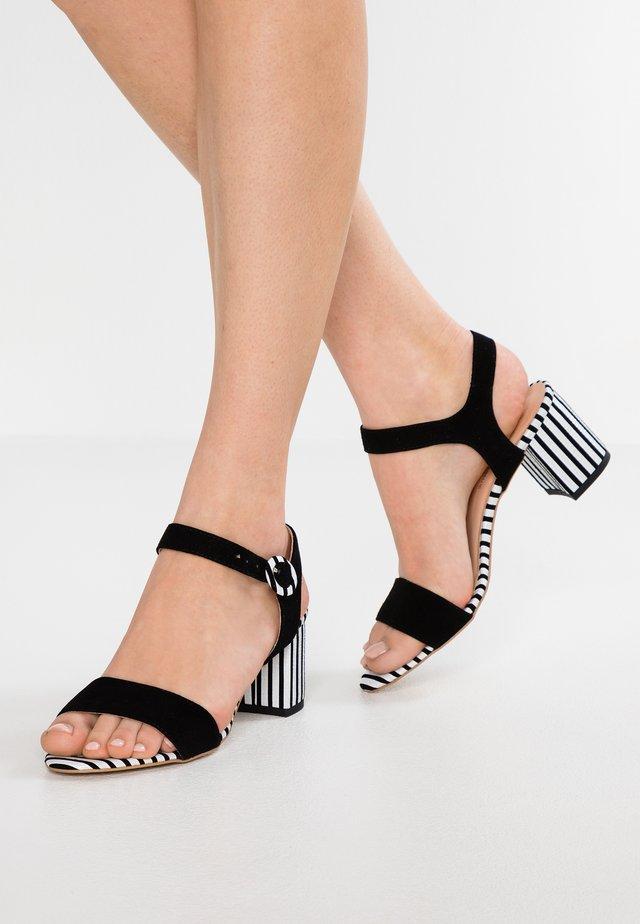 DAZZLING DANCE - Sandals - black/white