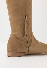 L37 - NEW LOOK - Over-the-knee boots - beige - 2