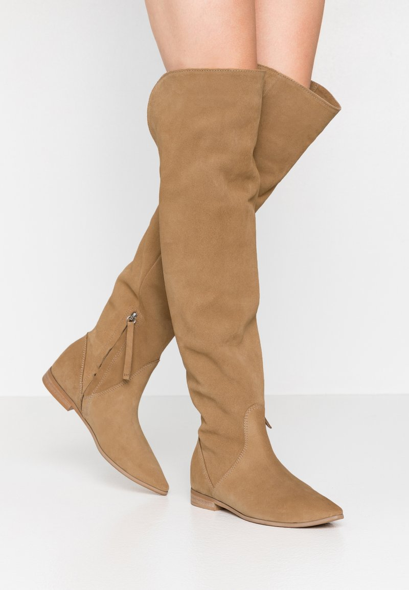 L37 - NEW LOOK - Over-the-knee boots - beige