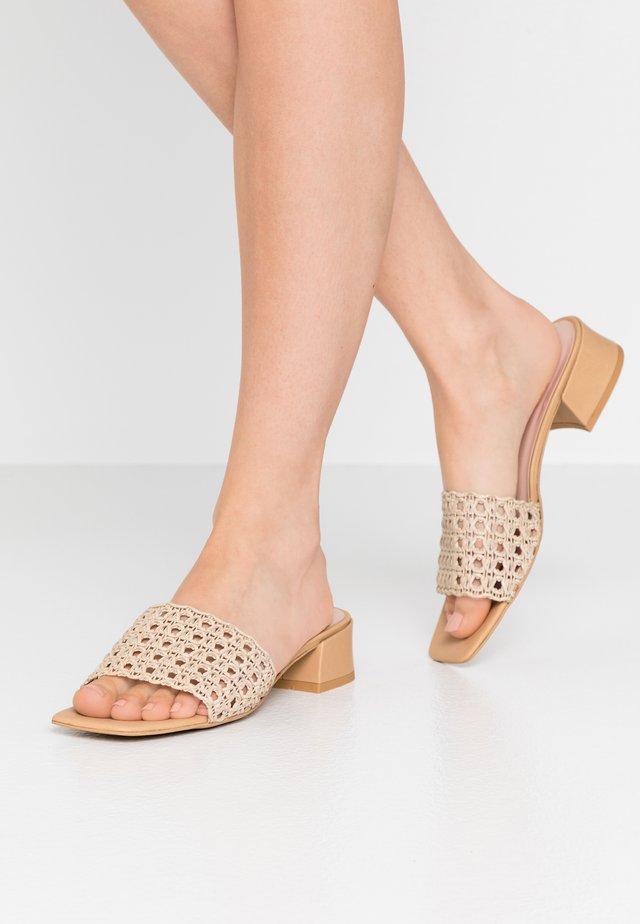 SUNSHINE - Pantofle - beige