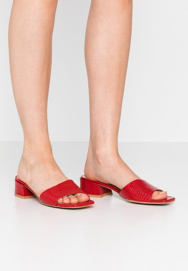 HAVANA - Sandaler - red