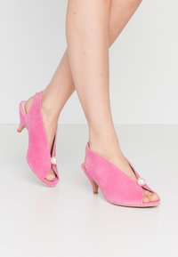 L37 - DANCE TO THIS - Sandals - rose - 0