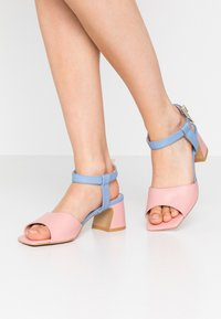 L37 - OLD TOWN ROAD - Sandals - blue/pink - 0