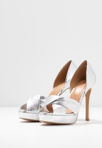 L37 - SOUNDS OF NIGHT - High heeled sandals - silver - 4