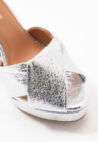 L37 - SOUNDS OF NIGHT - High heeled sandals - silver - 2