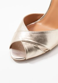 L37 - CROSSFIRE - High heeled sandals - gold - 2