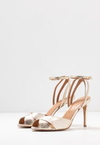 L37 - CROSSFIRE - High heeled sandals - gold - 4