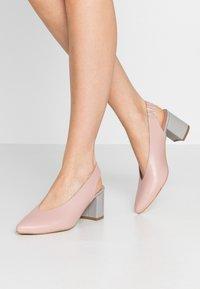 L37 - LET'S GO - Classic heels - pink/blue - 0