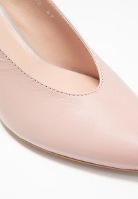 L37 - LET'S GO - Classic heels - pink/blue - 2