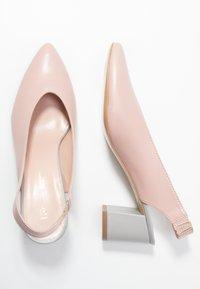 L37 - LET'S GO - Classic heels - pink/blue - 3