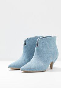 L37 - MAKE YOUR MOVE - Ankle boots - blue denim - 4