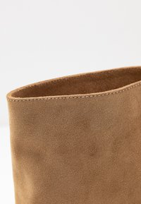 L37 - BRING THE NOISE - Classic ankle boots - beige - 2