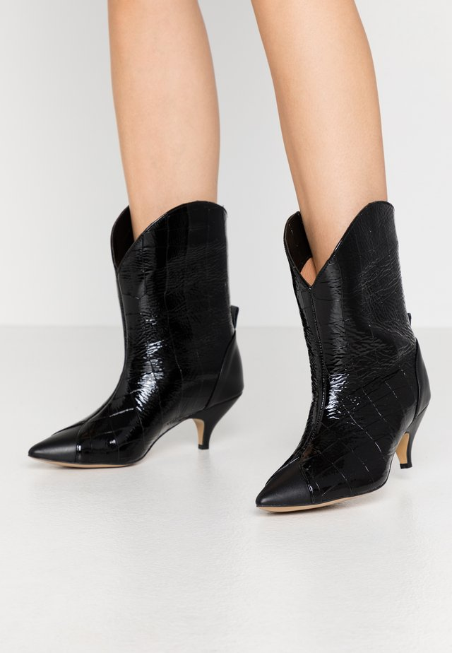 LIKE A DREAM - Cowboy/biker ankle boot - black