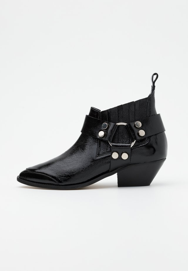 AIN'T THE SAME - Ankle Boot - black