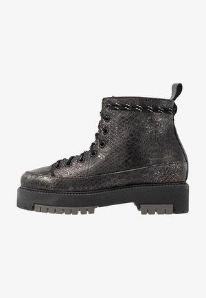 ICEBREAKER NEW - Kotníkové boty na platformě - pewter