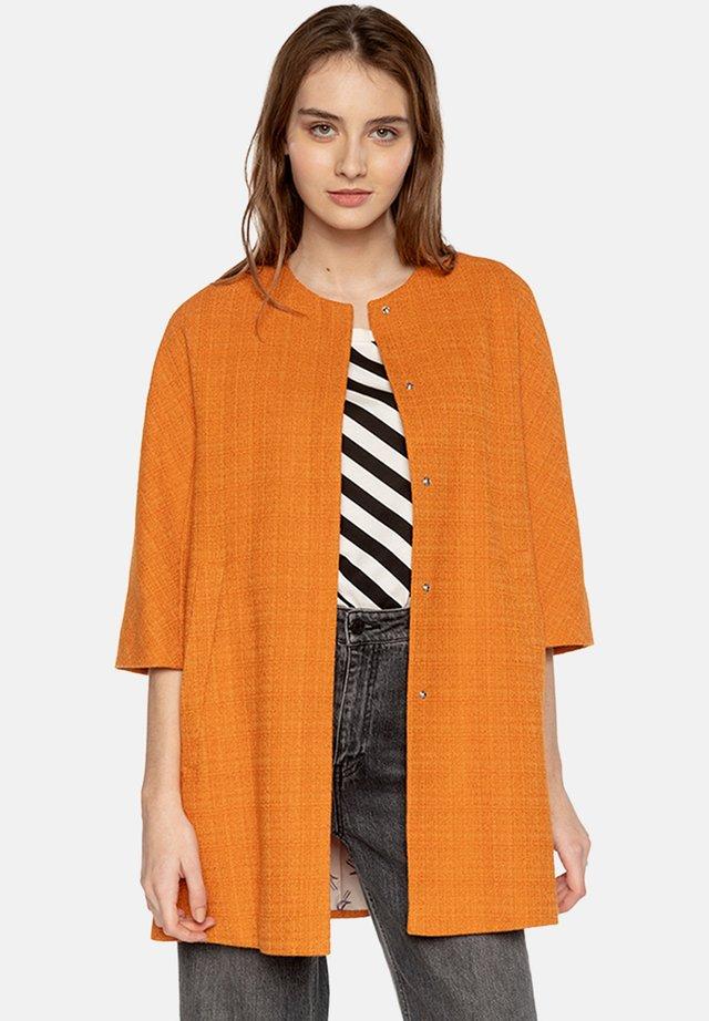 BARJOLS  - Short coat - orange