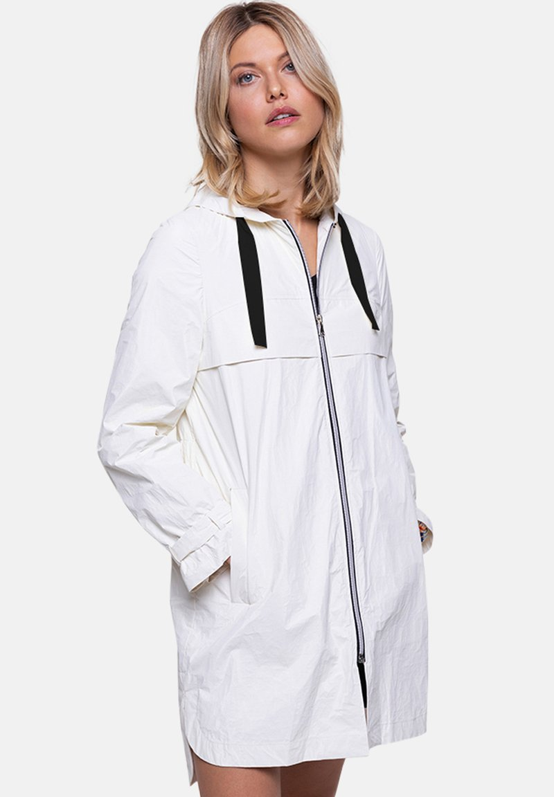 Trench and Coat by Lener - CENERI - Parka - off white