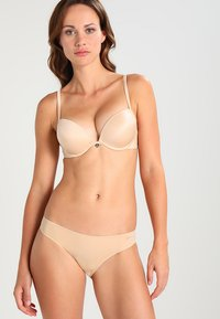 Ultimo - THE ONE PLUNGE  - Sujetador push-up - nude - 1