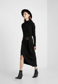 Vanessa Bruno - MOANA - A-line skirt - noir - 1