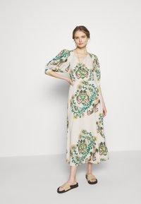 Vanessa Bruno - NUR - Day dress - poudre - 1