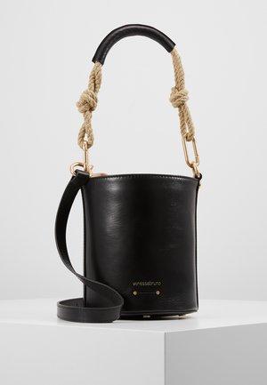 HOLLY MINI SEAU - Håndtasker - noir