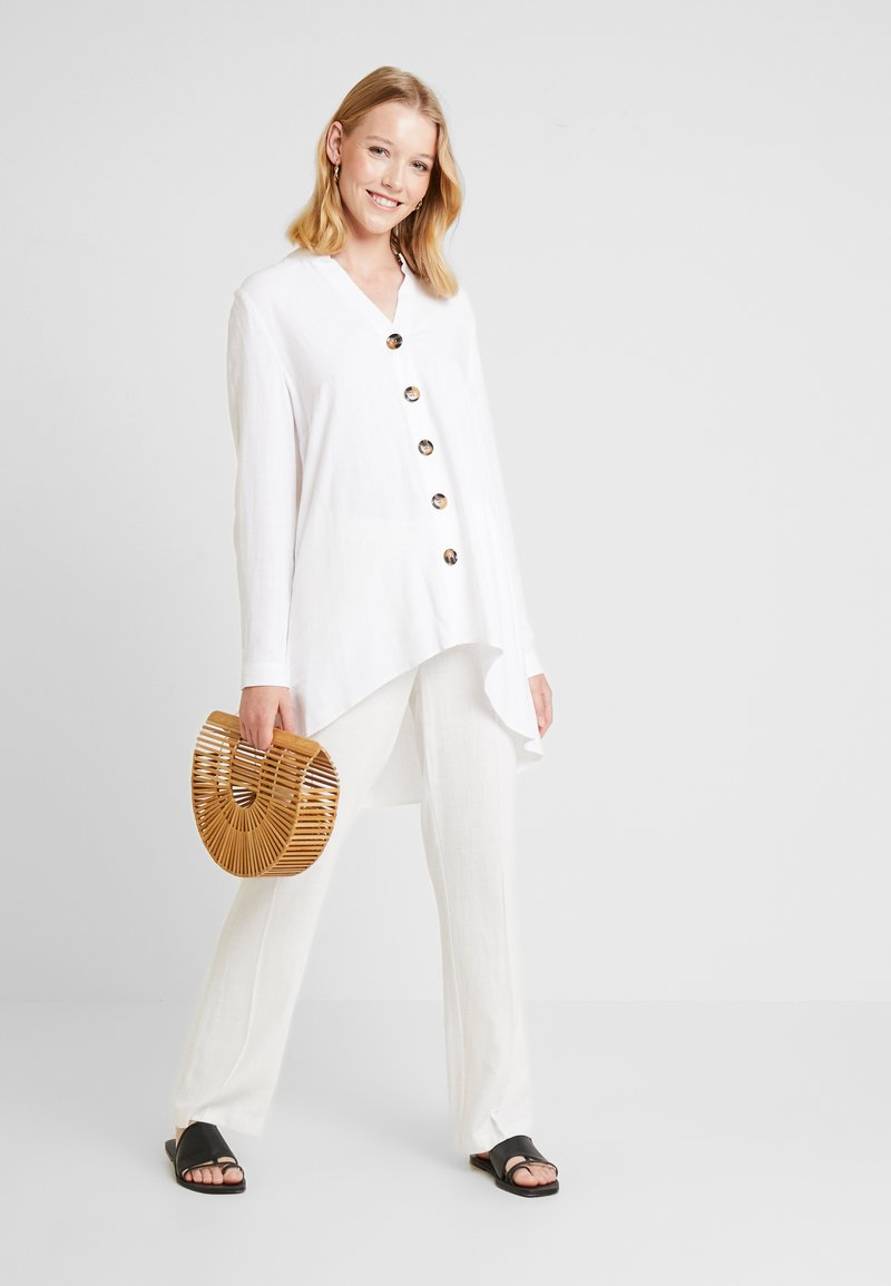 Wallis - BUTTON SHIRT - Blouse - ivory