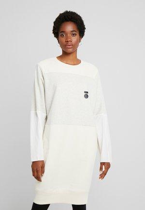 DRESS - Freizeitkleid - winter white