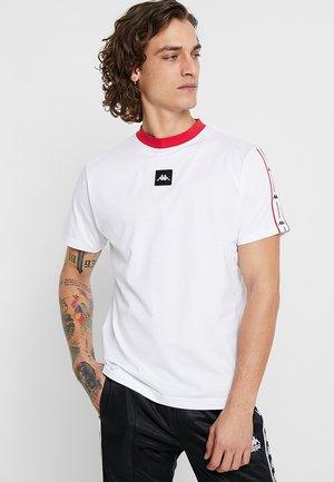 AUTHENTIC BARTA - Print T-shirt - white/red/black
