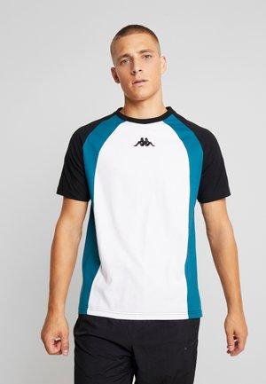 FYNN - T-shirt con stampa - caviar
