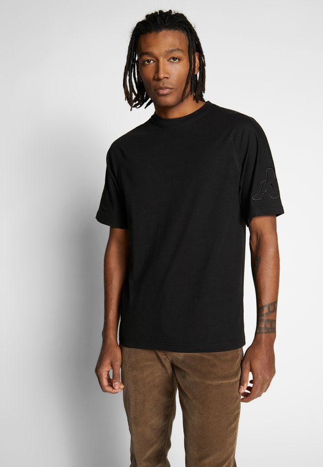GERO - Print T-shirt - caviar