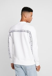 Kappa - AUTHENTIC BARIN - Sweatshirt - white - 2