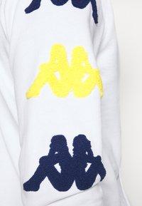 Kappa - AUTHENTIC SAND CHARICE - Hoodie - white/blue/yellow - 6