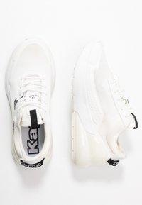 Kappa - DOOLIN - Obuwie treningowe - white/black - 1