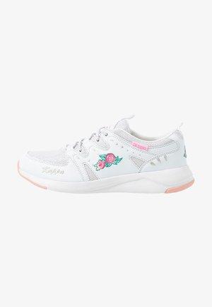 LORETTO - Sportovní boty - white/pink