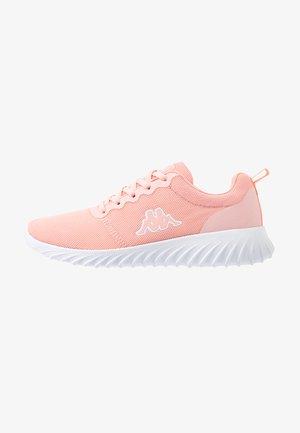 Chaussures d'entraînement et de fitness - rosé/white