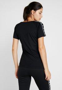 Kappa - FIMRA - T-shirts print - caviar - 2
